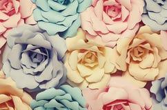 Dekoracyjni papierowi kwiaty zdjęcie royalty free