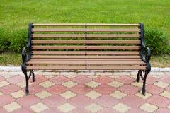 Dekoracyjny ławka teren publicznie Frontowy widok Zdjęcia Stock