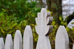 Dekoracyjny biały palika ogrodzenie Obraz Royalty Free