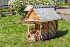 Dekoracyjny drewniany dom Fotografia Royalty Free