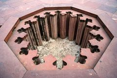 Dekoracyjny obrządkowy basen w Czerwonym forcie Agra, India Fotografia Stock