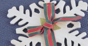 Dekoracyjny płatek śniegu z łękiem zdjęcie wideo