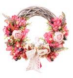 Dekoracyjny wianek na drzwi z kwiatami odizolowywającymi Obrazy Royalty Free