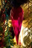 Dekoration auf einem neues Jahr-Baum Stockbilder