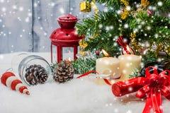 Dekoration der frohen Weihnachten und des Winters Lizenzfreie Stockfotografie