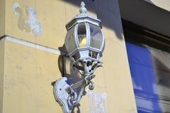 Dekoration der historischen russischen Gebäudelampe Lizenzfreies Stockfoto