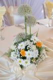 Dekoration der Hochzeitstafel, versorgend Stockfotos