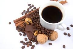 Dekoration gebildet vom Tasse Kaffee Stockbild