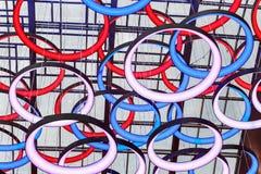 Dekorationen auf dem Dach der Einkaufszentrum Metropole in MOS Lizenzfreie Stockbilder