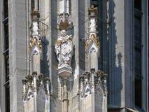 Dekorationen auf der Außenseite der Regensburger-Kathedrale stockfoto