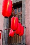 Dekorationen des Chinesischen Neujahrsfests in Mexiko City 2016 Stockfotografie