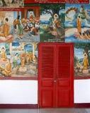 Dekorationen in einem Tempel in Vientiane lizenzfreie stockbilder