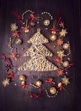 Dekorations trenzados del árbol de navidad y de la campana Imagen de archivo