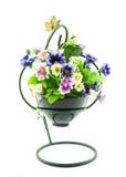 Dekorativ die künstlichen Blumen im Topf Stockbilder