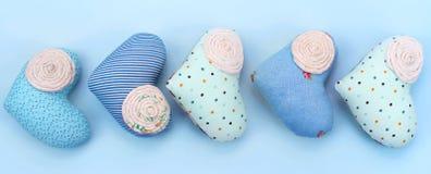 Dekorativ handgjord textilhjärta för baner Arkivfoto