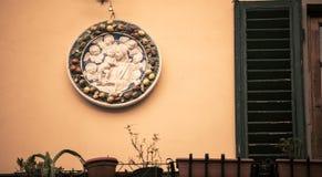 Dekorativ italiensk platta Royaltyfri Fotografi