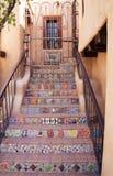 Dekorativ sydvästlig trappa i Santa Fe som är ny - Mexiko royaltyfri fotografi