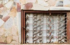 Dekorativa järnstänger med låset Fotografering för Bildbyråer