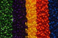 Dekorativa kedjor av Sugar Onions Arkivbild