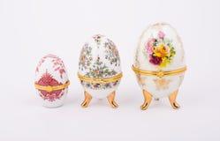 Dekorativa keramiska Faberge ägg royaltyfria foton