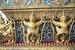 Dekorativa modeller i Wat Phra Kaew, Emerald Buddha Temple Fotografering för Bildbyråer