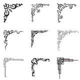 Dekorative Blumen- und geometrische Ecken in der unterschiedlichen Art vektor abbildung