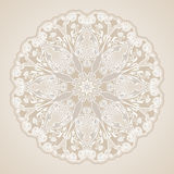 Dekorative Blumenverzierung in der Ostart Silberne Mandala Lizenzfreies Stockbild