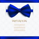 Dekorative Karte der Einladung mit blauem Bogen stock abbildung
