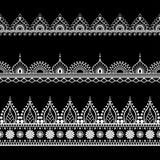 Dekorative nahtlose schwarze vertikale Grenzen in Hennastrauch mehndi Art für Tätowierung oder Karte Stockbild
