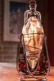 Dekorative Olivenölflasche Stockbild