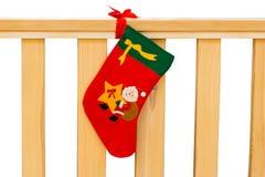 Dekorative Weihnachtssocke mit Sankt Lizenzfreie Stockfotos