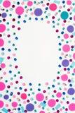 Dekorativer Hintergrund mit hellen festlichen Konfettis Lizenzfreie Stockfotografie