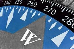 Dekorativer Kompass aus den Zementgrund Stockfotos