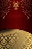 Dekorativer roter gestreifter Hintergrund mit Goldblumenmustern Stockfoto