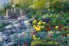 Dekoratives Blumenbett Lizenzfreie Stockfotos