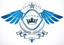 Dekoratives Emblem der Weinlese verfasst unter Verwendung Monarch Krone und penta Stockbilder