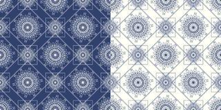 Dekoratives nahtloses Muster mit traditionellem Lizenzfreie Stockbilder