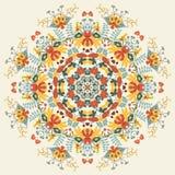 Dekoratives rundes Blumenmuster lizenzfreie abbildung