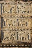 Dekoratives Schnitzen auf der Wand 84-Pillared des Ehrengrabmals, Bundi, R Stockfotos