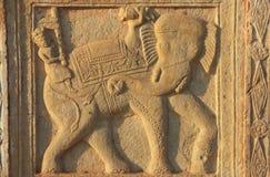 Dekoratives Schnitzen auf der Wand 84-Pillared des Ehrengrabmals, Bundi, R Stockbilder
