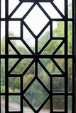 Dekoratives verbleites Fensterelement Stockbild