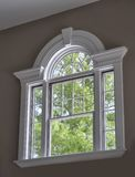 dekorativt fönster royaltyfri foto