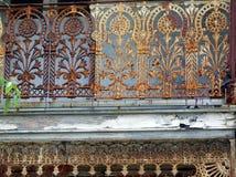 Dekorativt järn snör åt arkivbilder