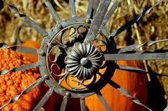 dekorativt metallhjul Arkivfoto
