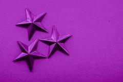 Dekorativt objekt för purpurfärgade stjärnor royaltyfri fotografi