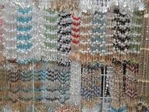 Dekorativt pryder med pärlor arkivbild