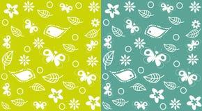 dekorativt seamless för bakgrundsfjärilar Arkivfoto