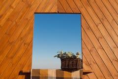 Dekorativt wood fönster Fotografering för Bildbyråer