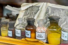 Dekoratiye médico dos frascos Frascos médicos decorados Imagens de Stock Royalty Free