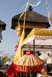 Dekorerad hinduisk tempel, Nusa Penida, Indonesien Fotografering för Bildbyråer